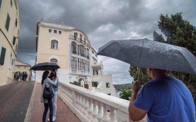 Los Administradores de Fincas recomiendan revisar las cubiertas de los edificios con la llegada del otoño